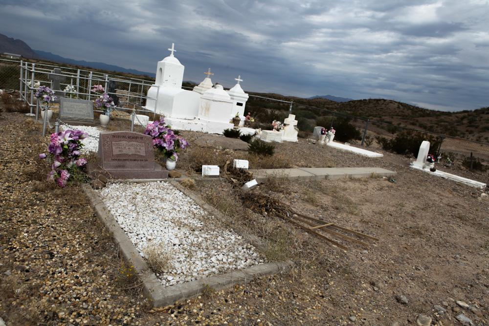 Ochoa Cemetery on FM 170