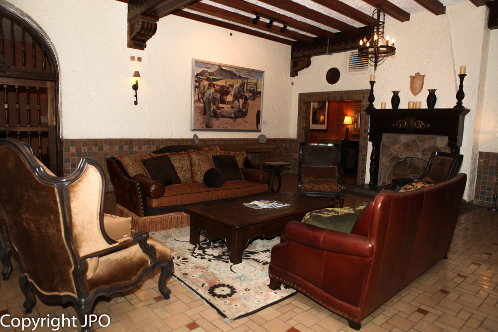 Salon Hotel Paisano