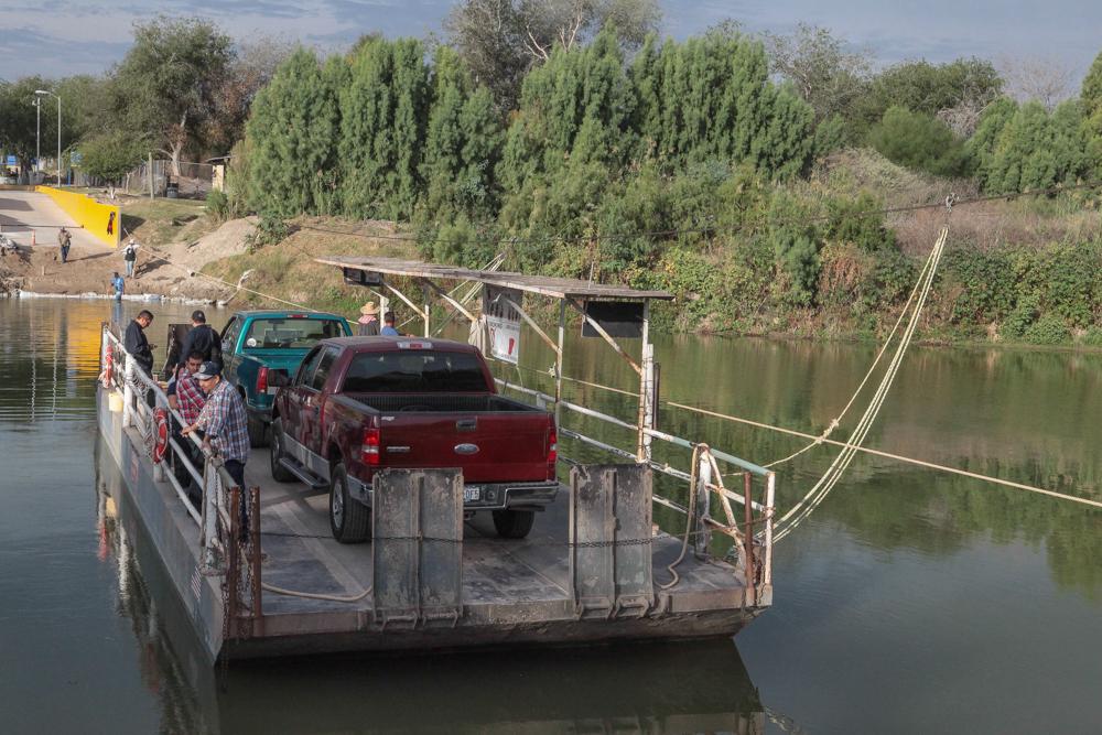 Ferry Los Ebanos